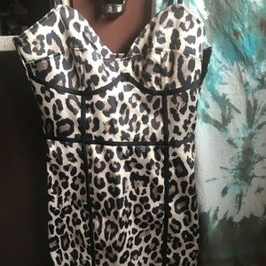 Leopard print, zip up cocktail dress. Sz 6